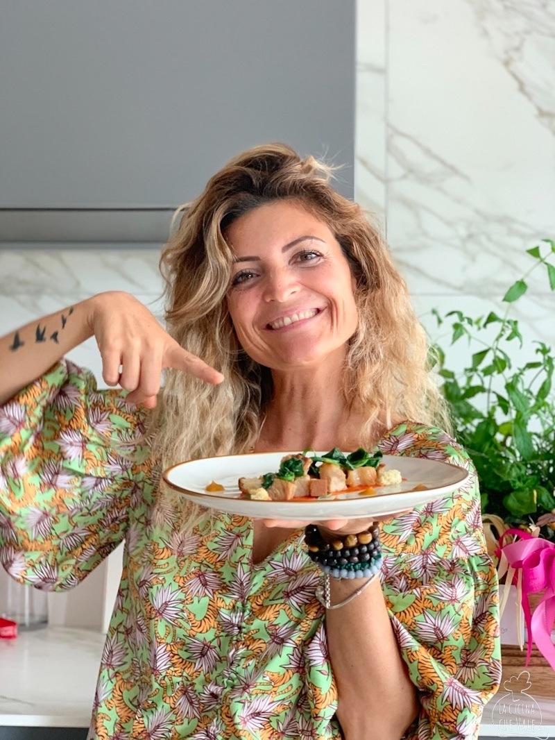 L'arrosto di vitello è un classico della cucina italiana. Oggi ve lo presento con ingredienti insoliti in versione di riciclo del giorno dopo.